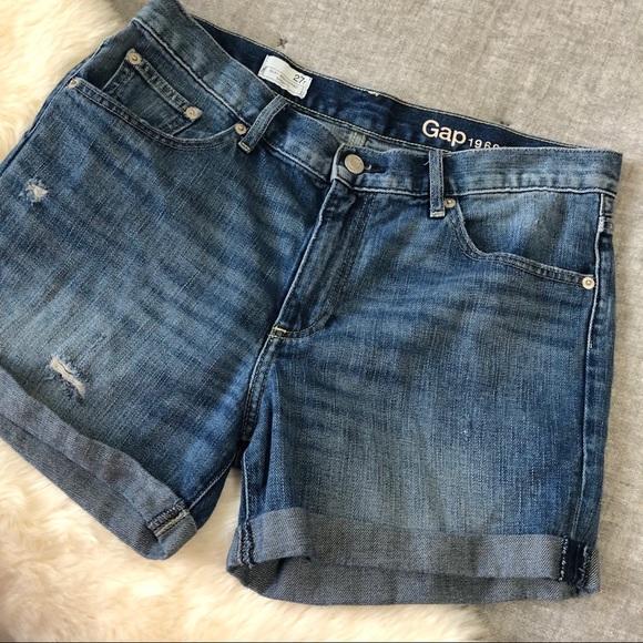 GAP Pants - Gap sexy boyfriend cuffed shorts sz.27R